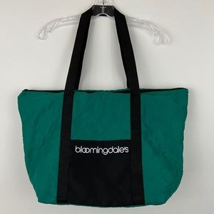 Bloomingdale's Emerald Green Quilted Shopping Tote